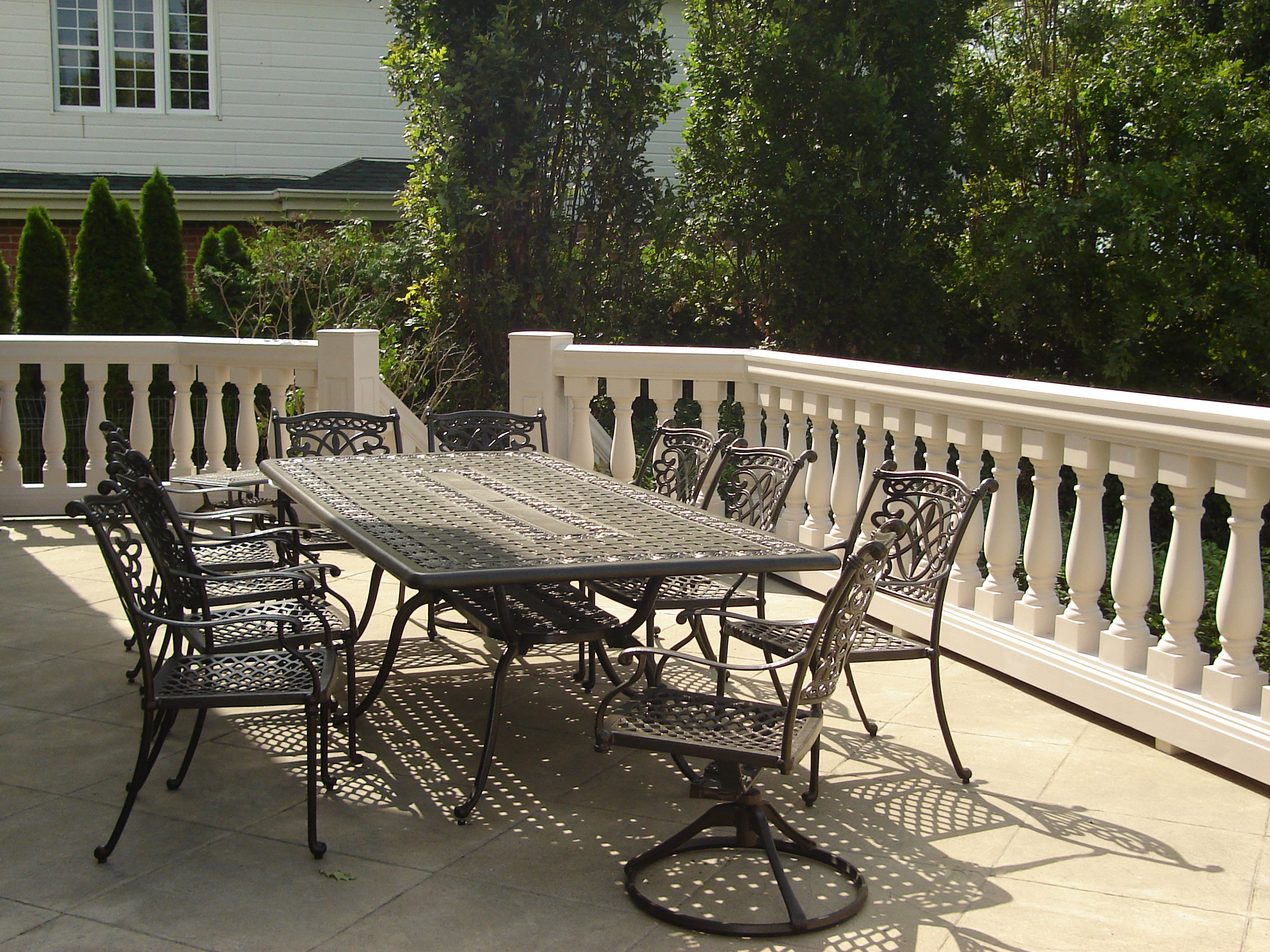 Decorative columns and balustrades