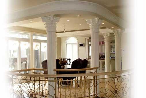 colonne de plâtre décorative, base et chapiteau - créations cornici